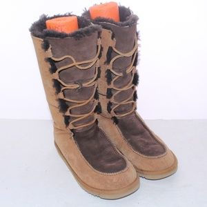 UGGs Mid-Calf Suede Sheepskin Lined Mukluk Boots 5